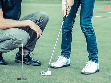 Träning för juniorer på Stockholms Golfklubb.